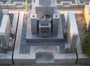 高槻市営墓地 ツゲの木の撤去・巻石の修理
